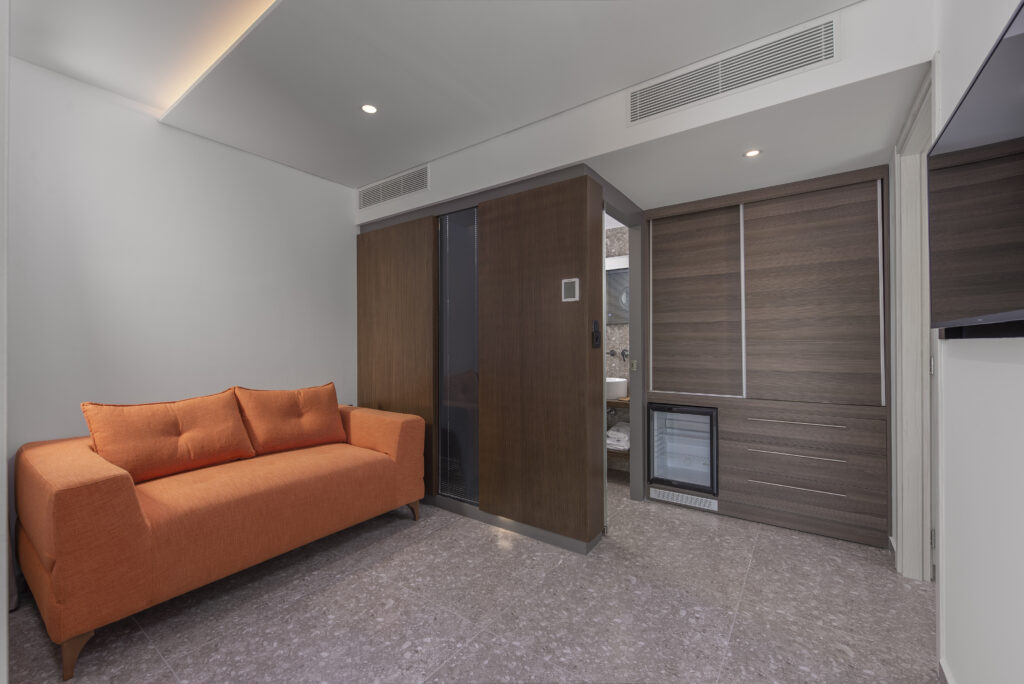 Junior Suite with side Sea View